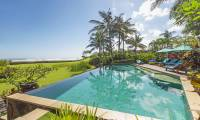4 Bedrooms Villa Tanju in Canggu