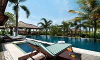 5 Bedrooms Villa Coraffan in Canggu
