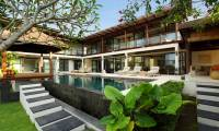 4 Bedrooms Villa Adenium in Jimbaran