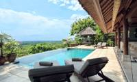 6 Bedrooms Villa Bayu in Bukit