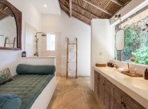 Villa Inti, Master Bathroom